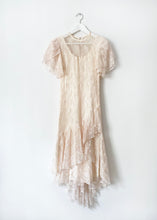 Load image into Gallery viewer, VINTAGE LACE DRESS