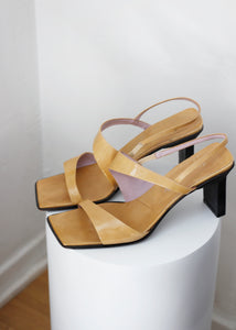 STRAPPY HEELS, 40