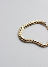Load image into Gallery viewer, VINTAGE GOLD METAL BRACELET