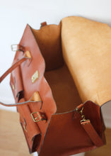 Load image into Gallery viewer, VINTAGE LEATHER BAG