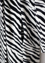 Load image into Gallery viewer, VINTAGE ZEBRA PRINT COAT
