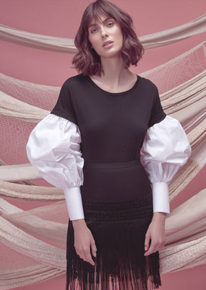 CAÑA DULCE TEE IN BLACK WITH WHITE SLEEVES