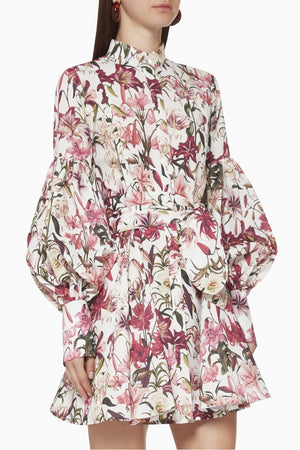 Load image into Gallery viewer, AGUA AMADA DRESS IN LILIES VERANDA PRINT