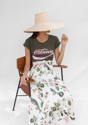 Load image into Gallery viewer, SOMBRITA SKIRT IN WHITE CAMALEON PRINT