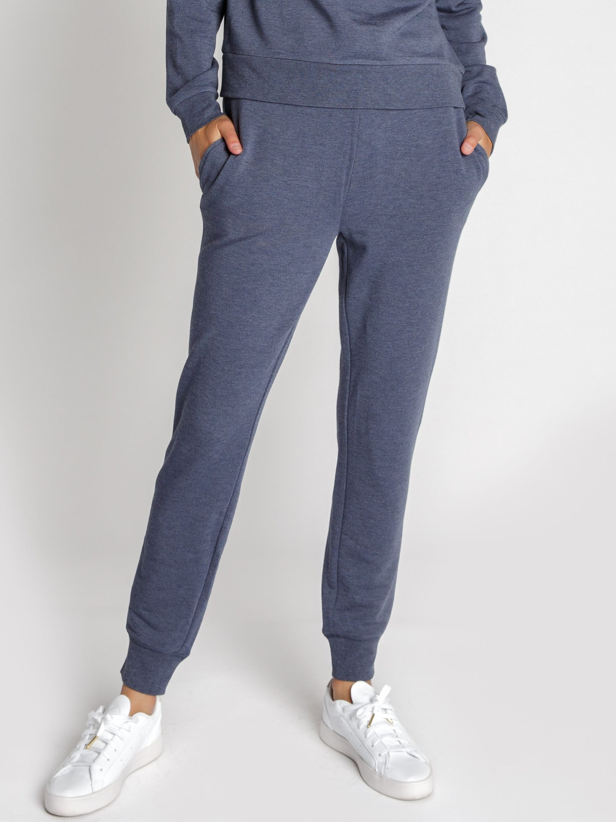 Cuddle up on rainy mornings with the most scrumptiously comfortable joggers ever. We love the cashmere like feel of the knit and you may just catch us wearing them as pj's too ;)! Pair them with your favorite tees, your most comfy sweater or the matching Rainy Morning Sweatshirt.   Fits true to size.  50% Acrylic, 48% Rayon, 2% Spandex Do not tumble dry.