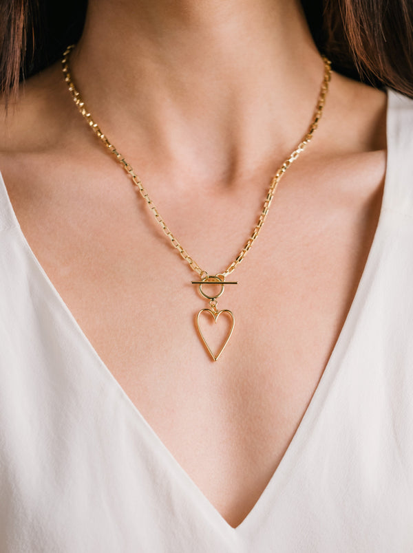 Lovestruck Toggle Necklace