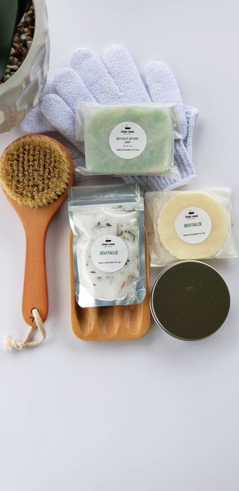 The Bath Essentials Set
