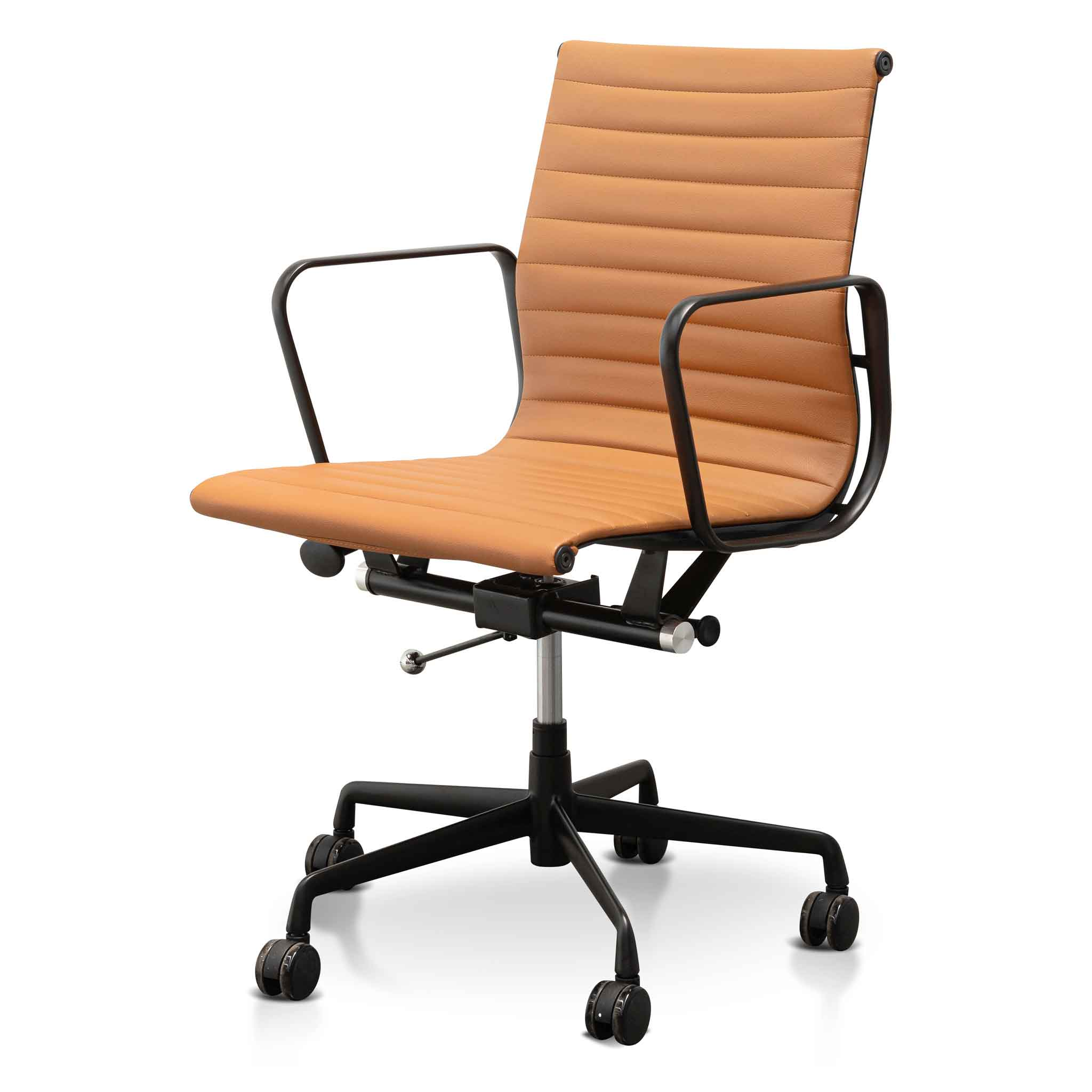 Gaute Low Back Office Chair - Saddle Tan in Black Frame