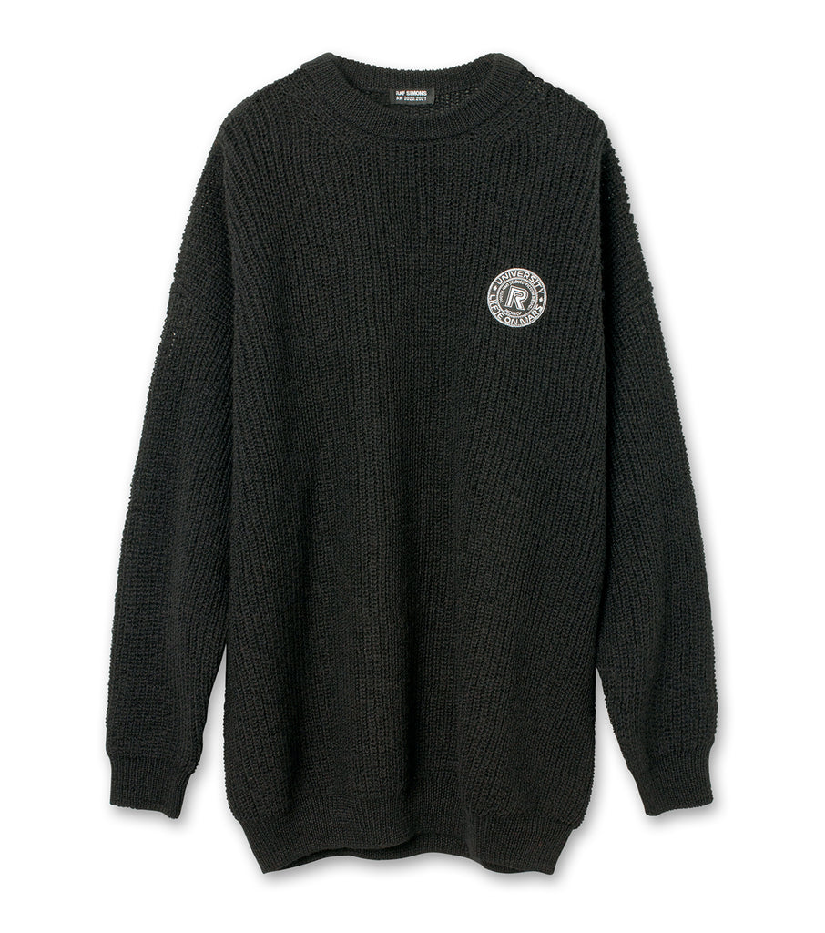 Fine ribbed roundneck sweater with scout badge