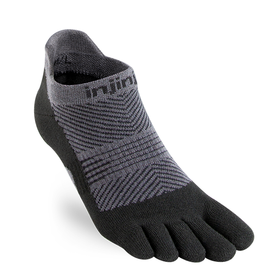 INJINJI WOMEN'S RUN LIGHTWEIGHT NO-SHOW SOCK IN BLACK
