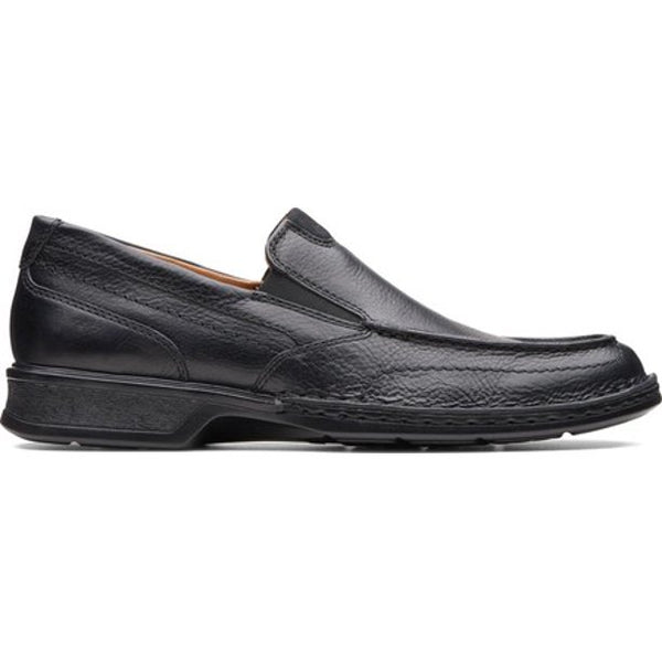 CLARKS MEN'S NORTHAM STEP LOAFER IN BLACK OILY LEATHER