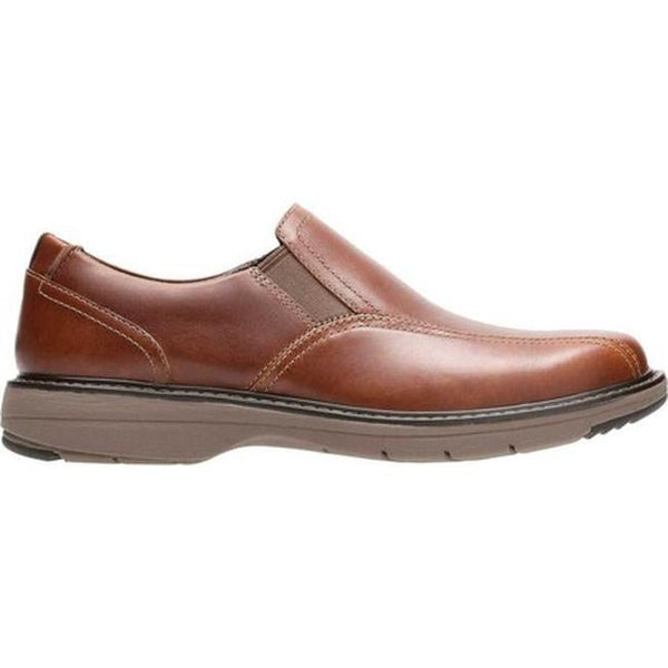 CLARKS MEN'S CUSHOX STEP SLIP-ON IN DARK TAN LEATHER