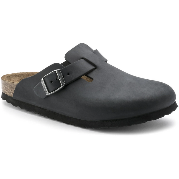 Birkenstock Boston Oiled Leather Classic Footbed Clog in Black