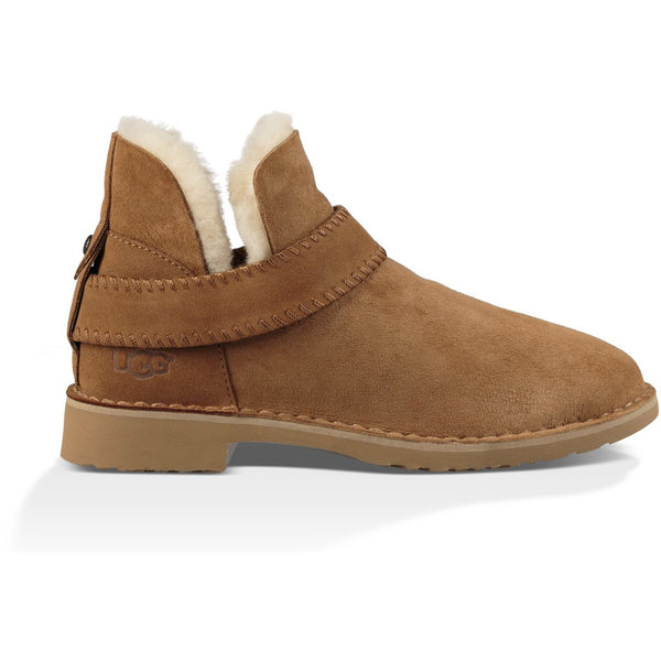 UGG Women's Mckay Boot in Chestnut