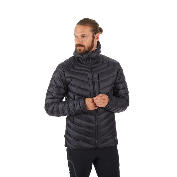 MAMMUT MEN'S BROAD PEAK HOODED JACKET IN BLACK PHANTOM