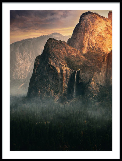 Vossington wall art and fine art photography of a mountain scenery with Bridalveil Fall in Yosemite Valley, California