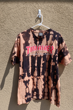 Load image into Gallery viewer, thrasher tee