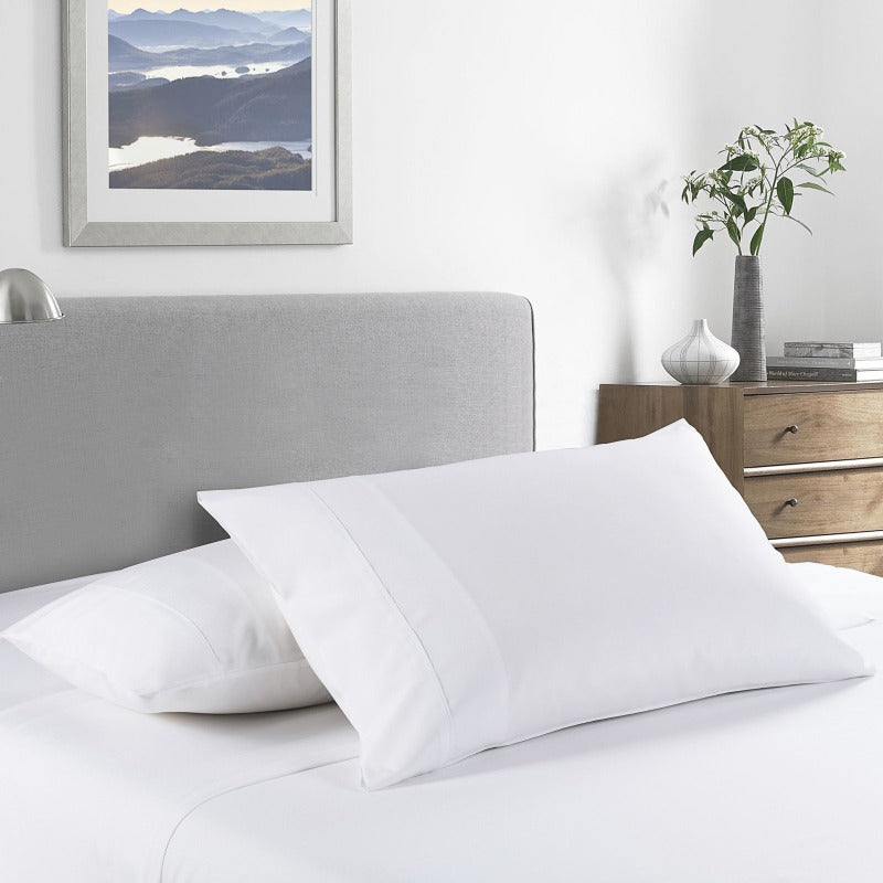 Royal Comfort 2000 Thread Count Bamboo Cooling Sheet Set Ultra Soft Bedding - Queen - White