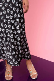 Kelly - Bunch Shadow Floral - Black White
