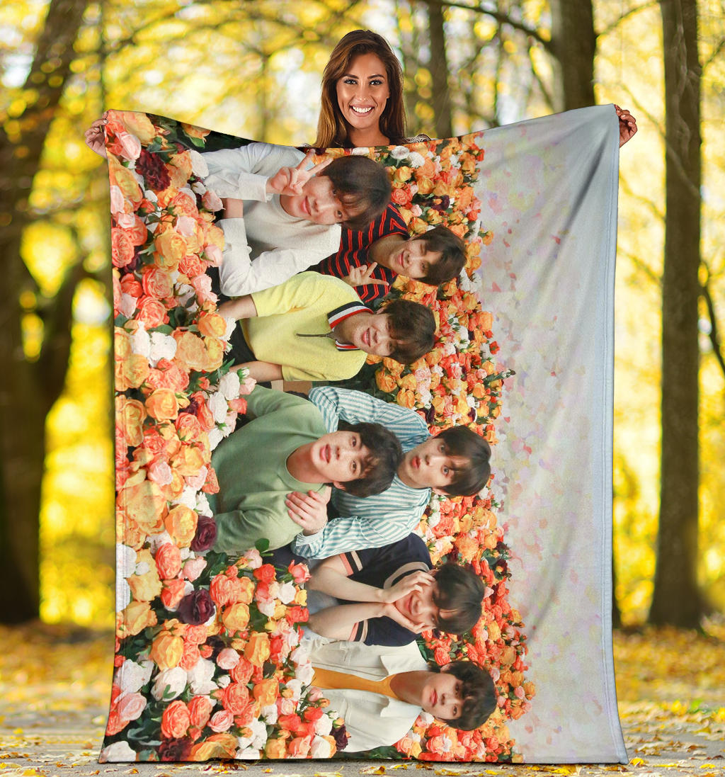 Bangtan7 Flower Field Blanket