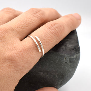 Single spiral Silver wire ring