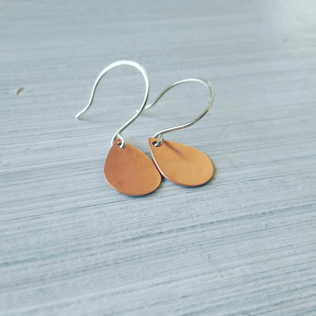 Tear drop copper earrings