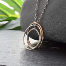 Load image into Gallery viewer, Three circle karma necklace