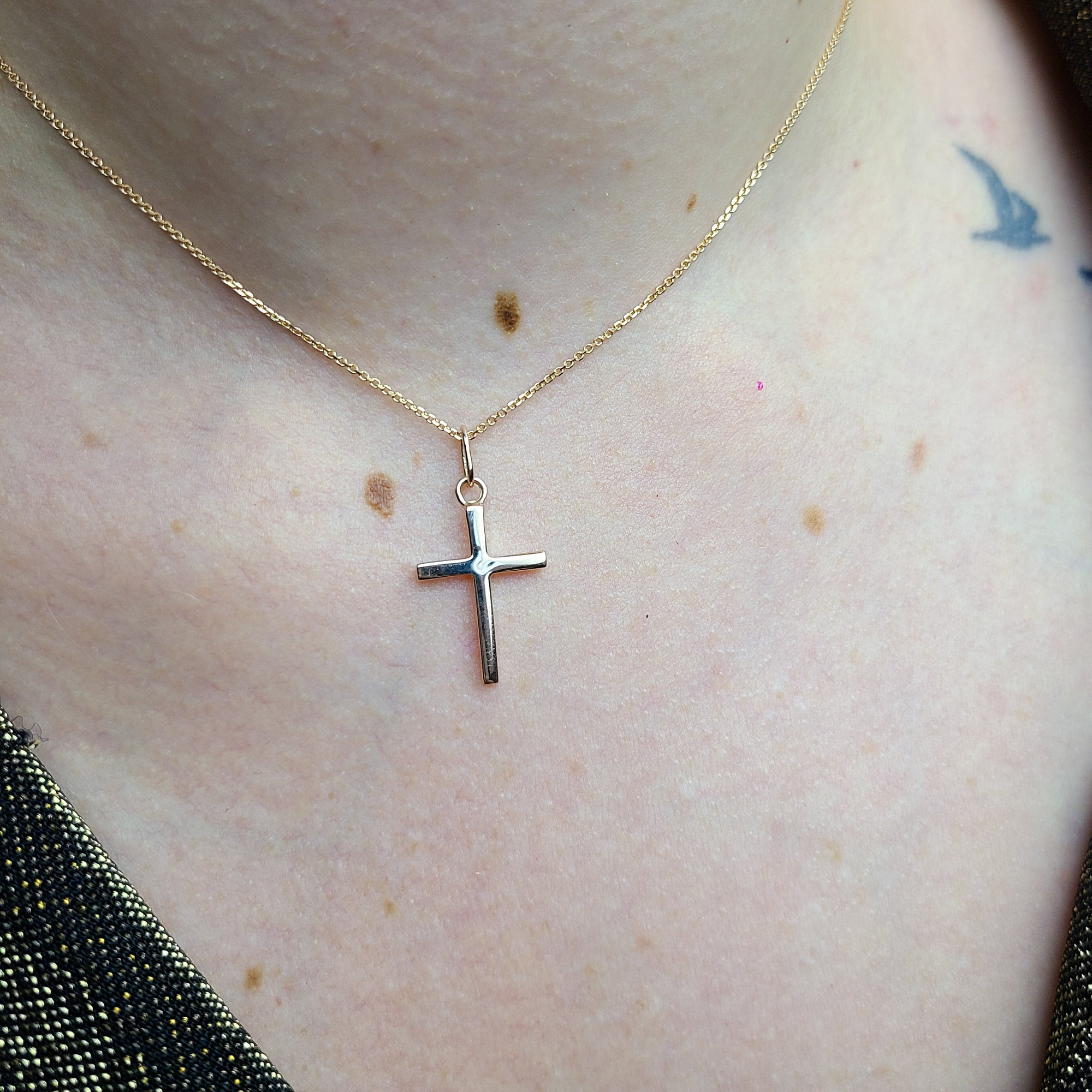 Rose Gold Minimal Cross Pendant 10K - 14K