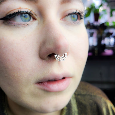Spider Web Septum Piercing - Inchoo Bijoux