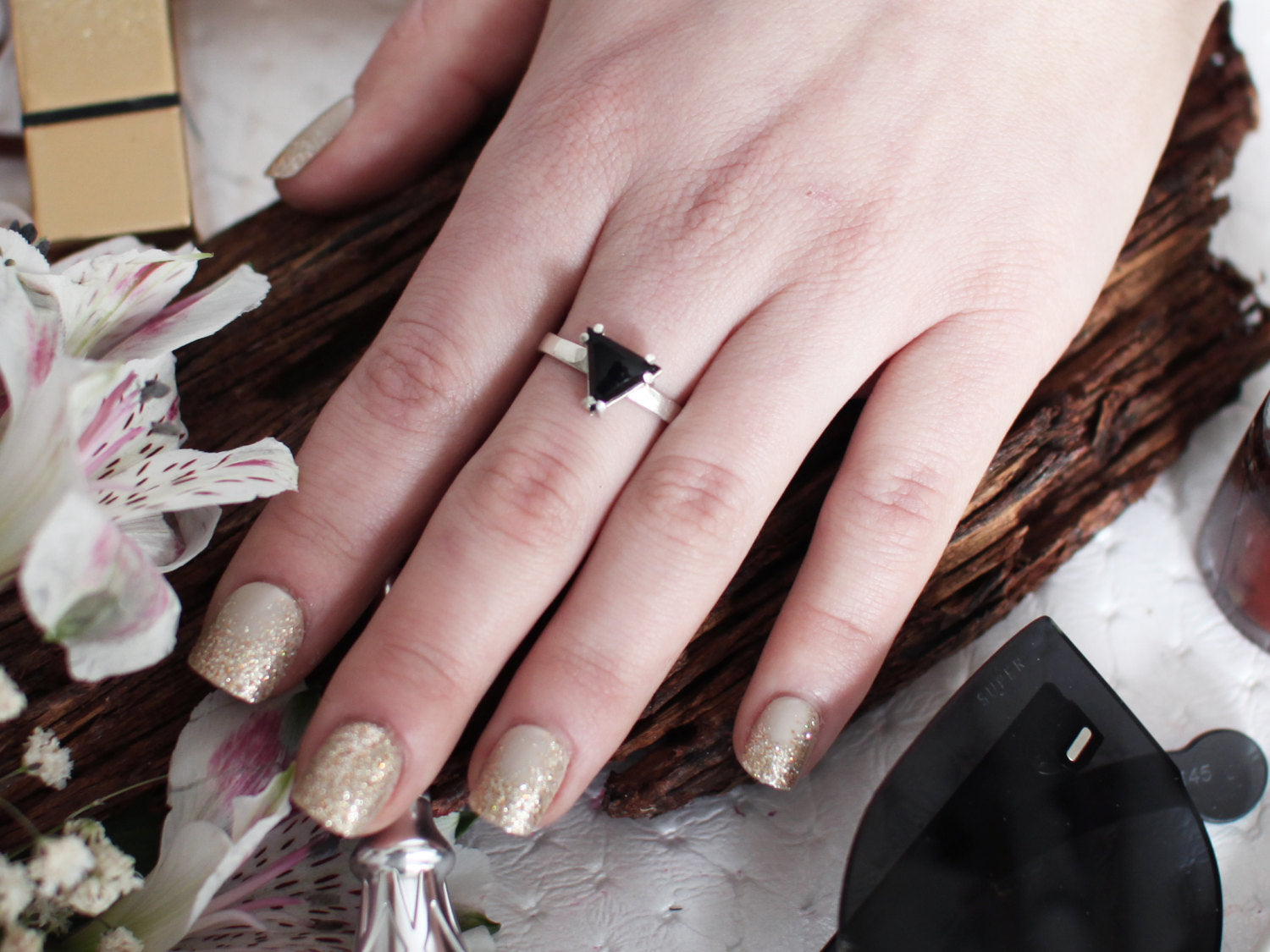 Triangle Hematite or Onyx Silver Ring - Inchoo Bijoux