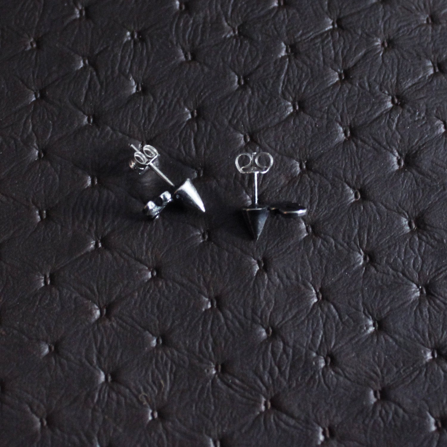 Minimal Gothic Stud Post Earrings - Inchoo Bijoux