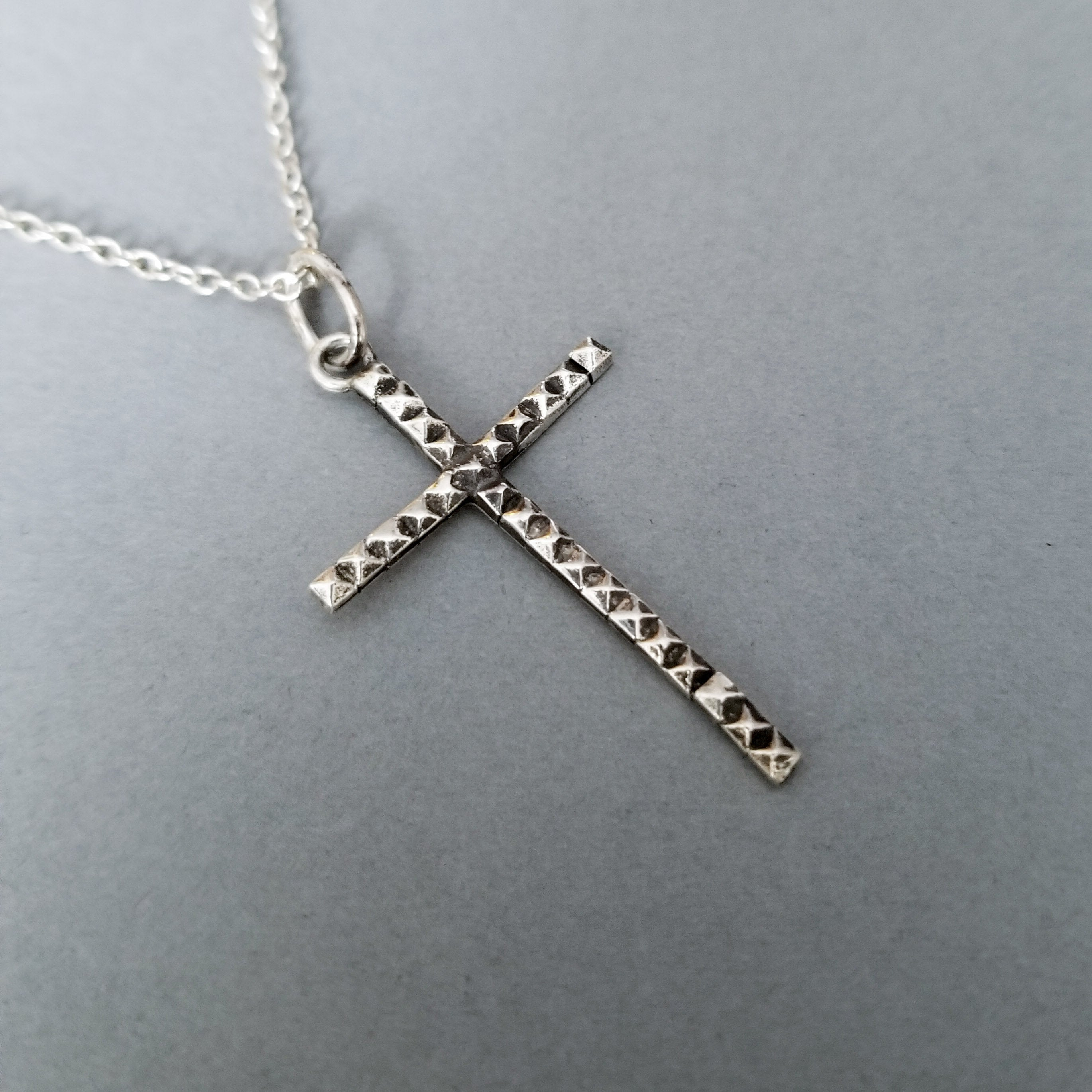 Thin Studded Cross Pendant - Inchoo Bijoux
