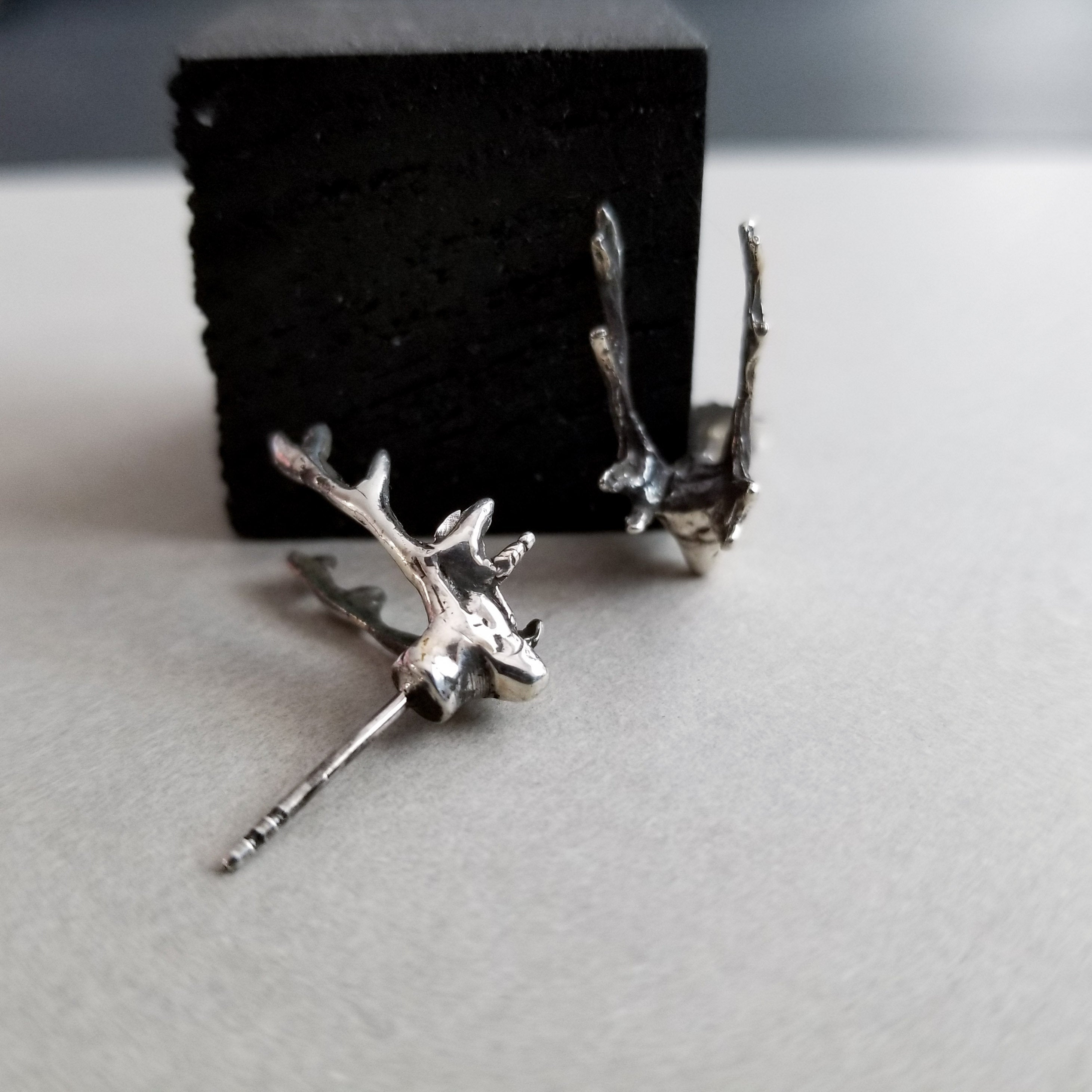 Silver Deer Head Earrings - Inchoo Bijoux