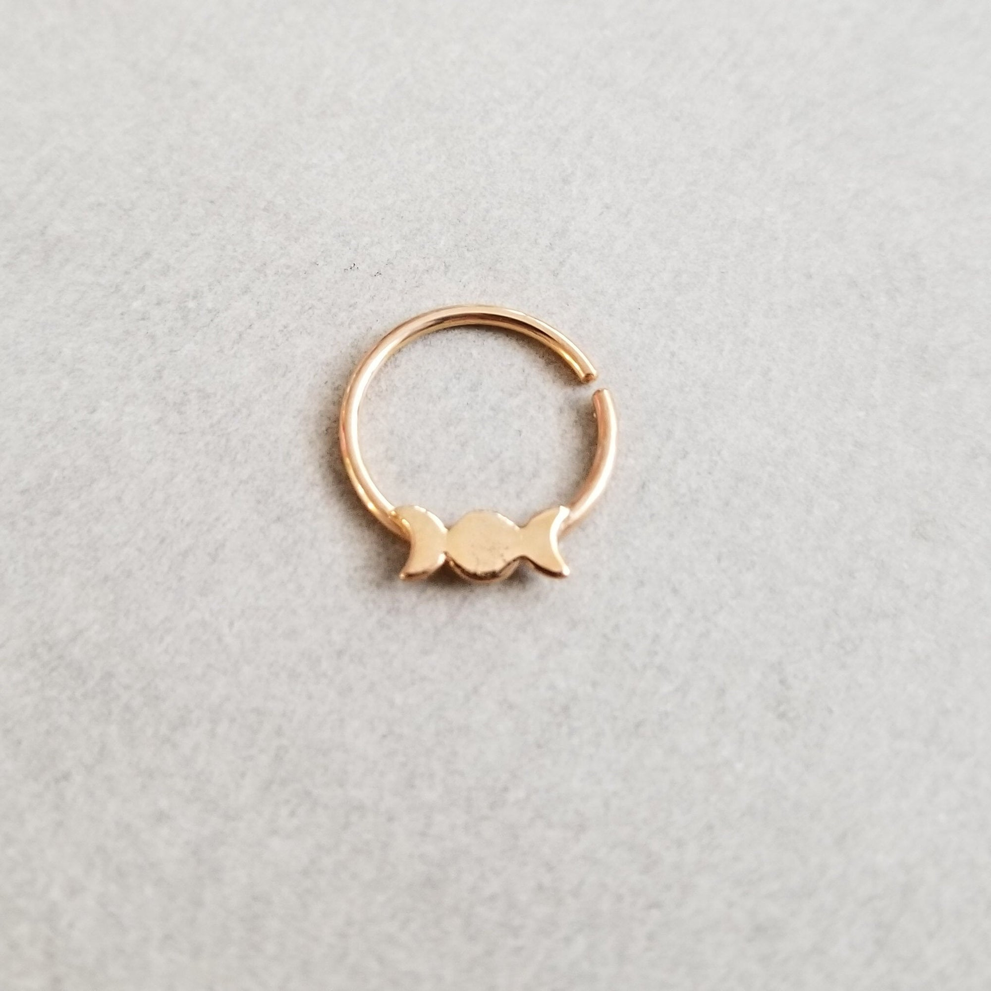 Rose Gold Moon Phase Septum 14K - Inchoo Bijoux