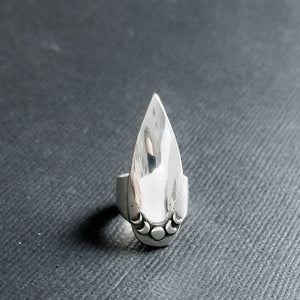 Moon Phase Stiletto Claw Ring - Inchoo Bijoux