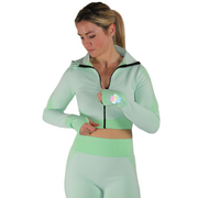 Look as good as you feel in our long sleeve seamless crop top. Designed to be flexible, breathable and lightweight, this lounge-worthy material takes you from studio sessions to Sunday strolls. Pair with our matching seamless leggings to complete your set or mix and match to fit your personal style. Fit to sit right under your bosom and highlight your waistline.