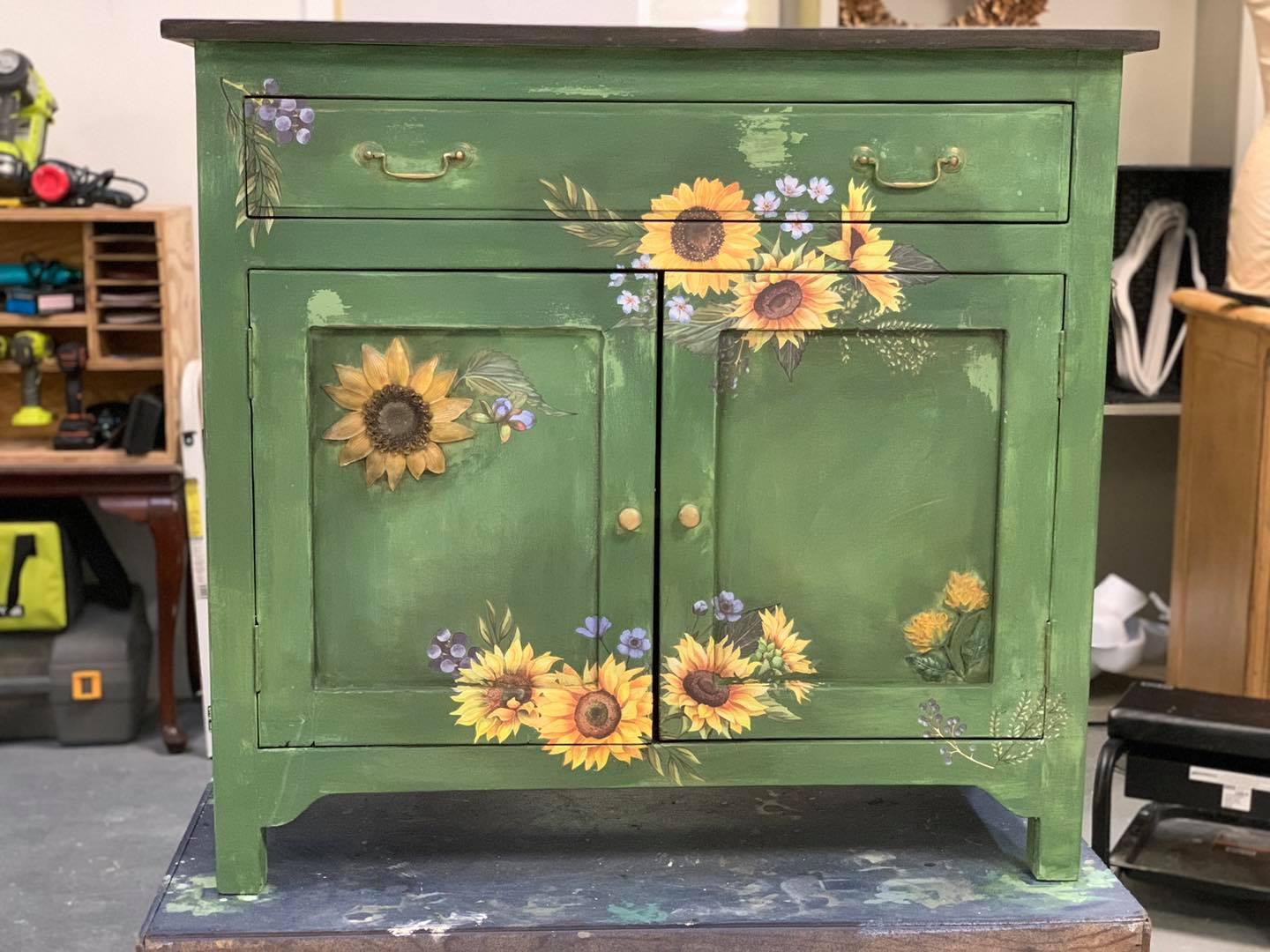 Fall Furniture Painting Contest. Win $500 Cash and show off your skills!
