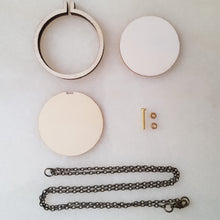 Load image into Gallery viewer, Dandelyne Mini Embroidery Hoop Necklace Set