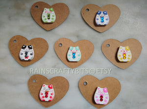 Wooden Cat Button Needle Minder