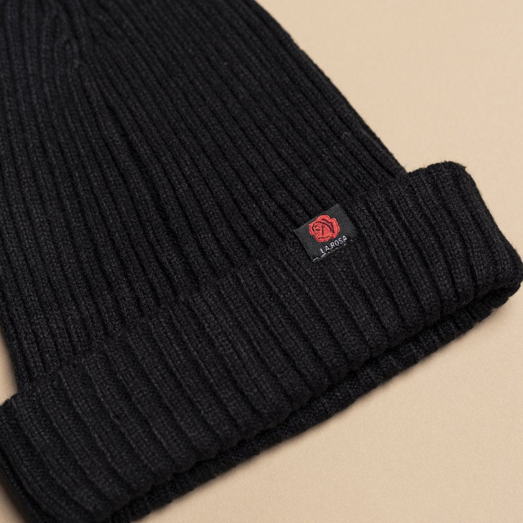 Rose Beanie - All Black - La Rosa