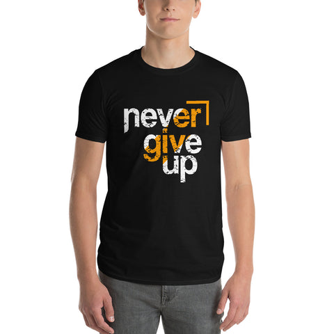 Never Give Up - Dark Short-Sleeve T-Shirt - Aurorum Fashion
