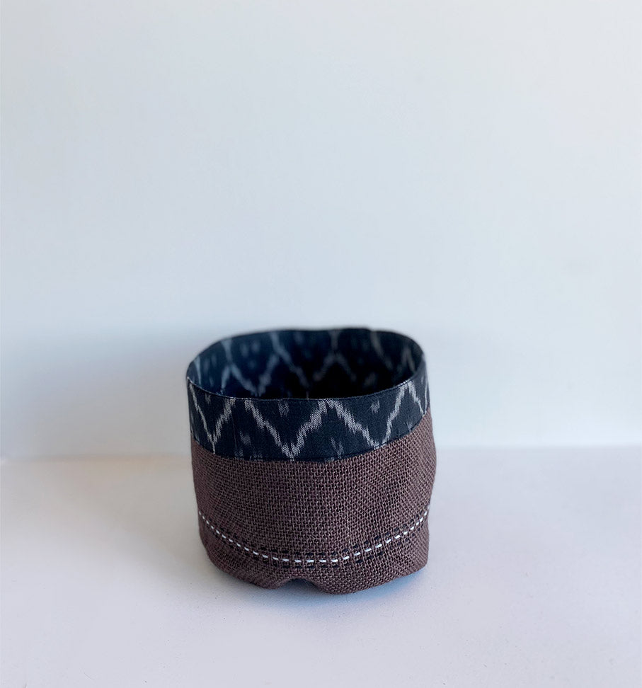 Black ikat holder