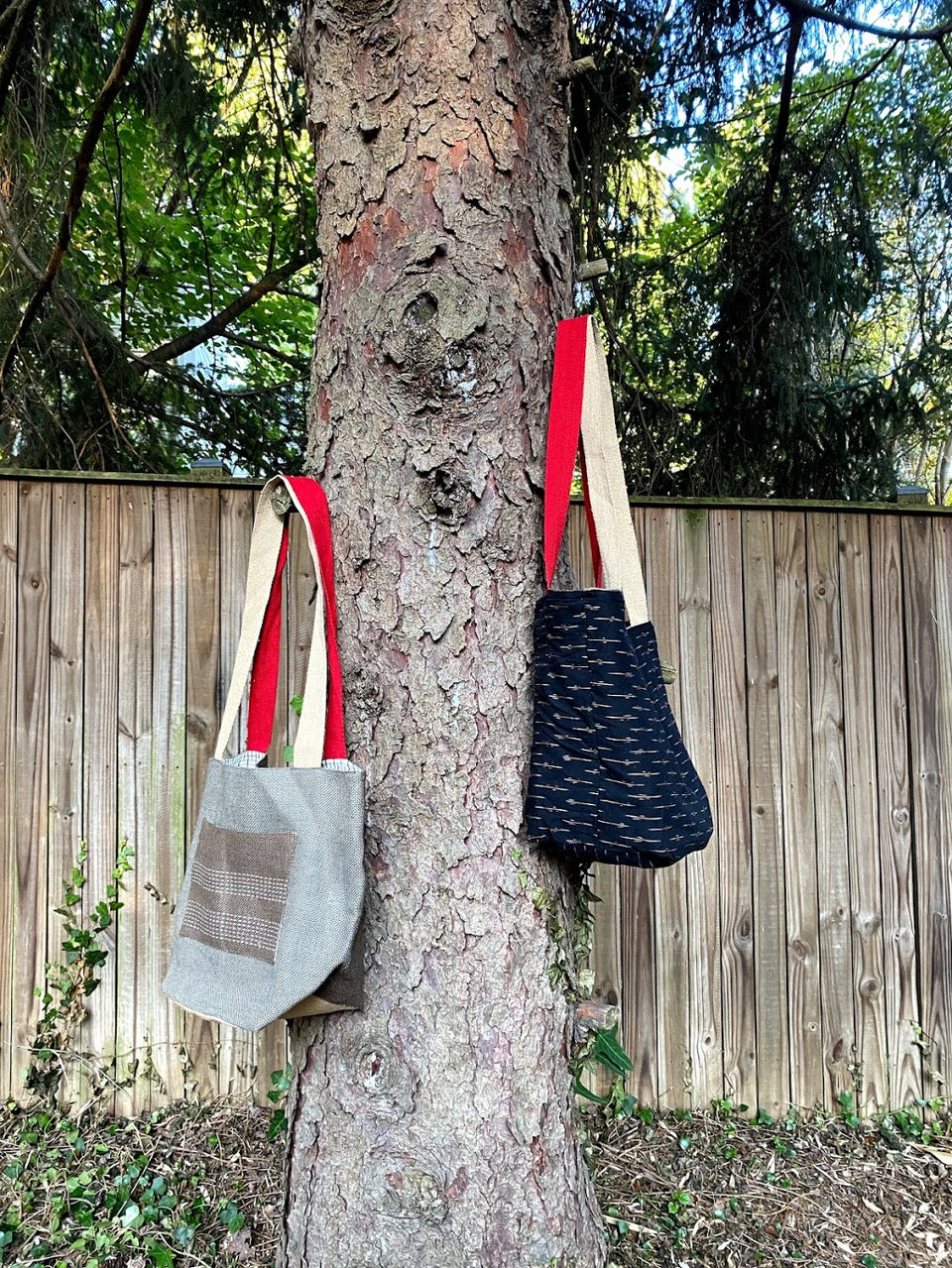 Bishesh Tote in Grey, Brown and Black