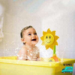 Sunflower water sprinkler bath tub toys in action