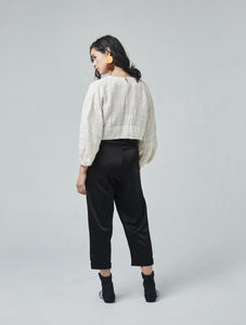 Shelay cropped pullover with full sleeves