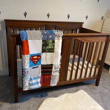 Load image into Gallery viewer, Baby/ Toddler clothing Quilts
