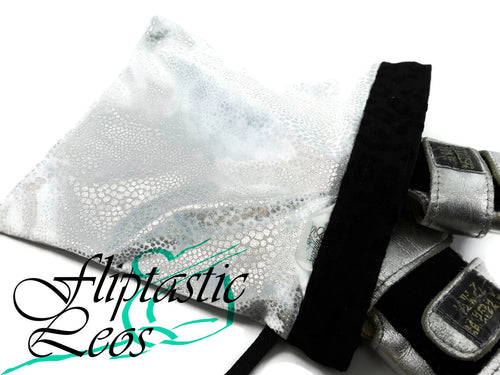 White Silver Animal Print Snap Closure Grip Bag - Fliptastic Leos
