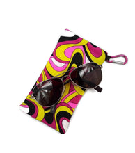 Load image into Gallery viewer, Sunglasses Case Snap Closure Retro Pink Abstract Print With Carabiner Clip - Fliptastic Leos