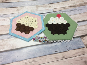 Monthly Mini Make April 2020 - Cupcake Mug Rug Digital EPP Pattern