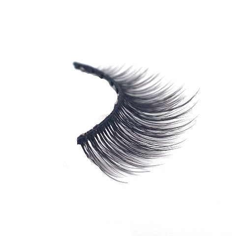 10 MAGNET 'HOLLY' LASH